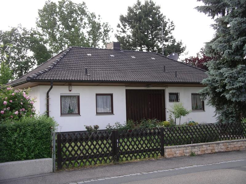 Bungalow mit großem Garten in Roßtal